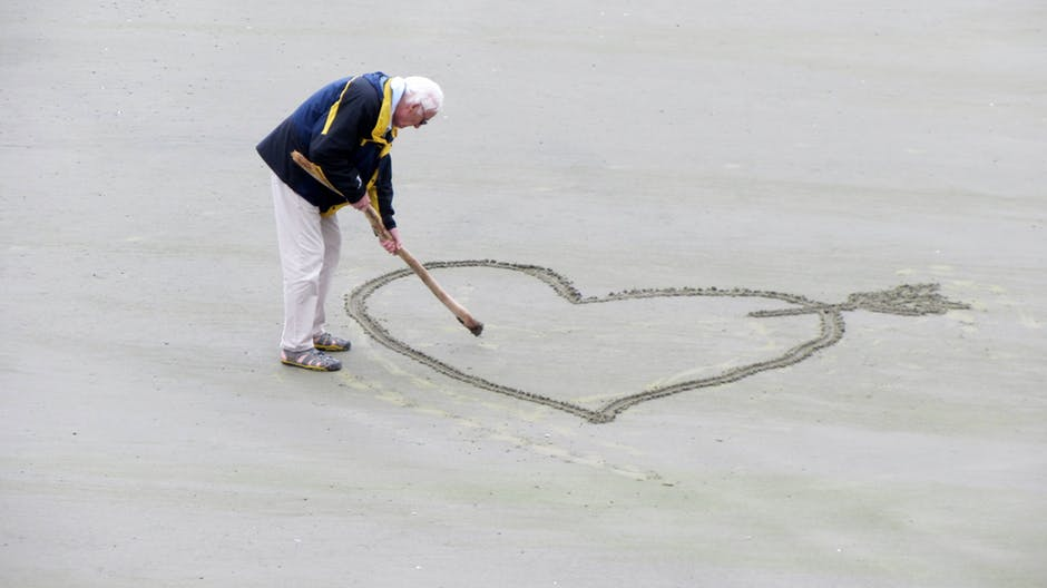 love-old-people-the-heart-of-pension-160936